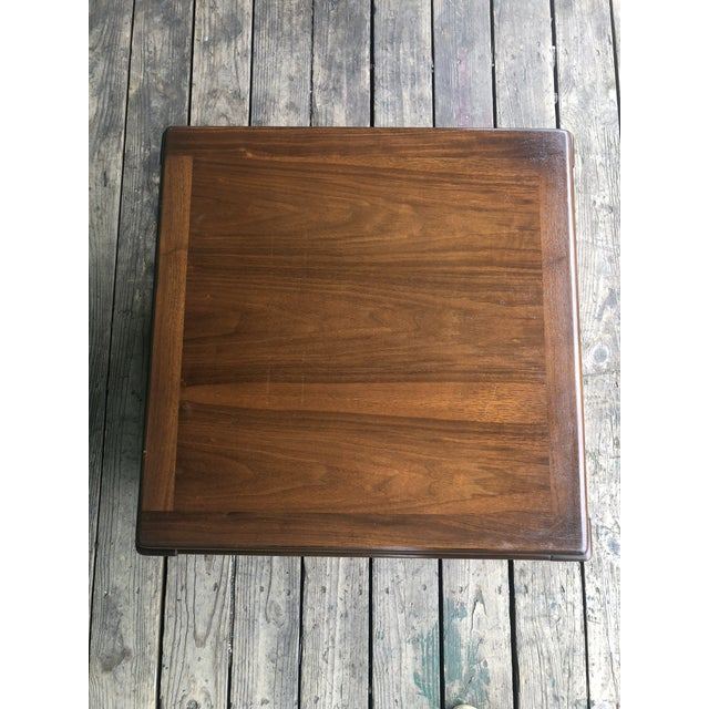 1970s Mid Century Modern Walnut Nightstand by Lane For Sale In New York - Image 6 of 10
