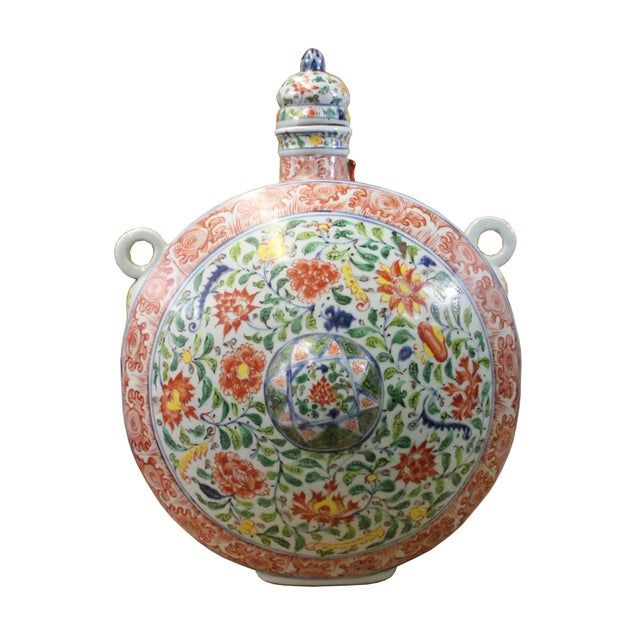 White Chinese Handmade Multi-Color Flower Porcelain BaoYue Pot Jar For Sale - Image 8 of 8