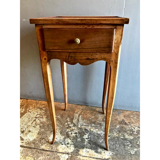 19th Century Vintage French Louis XV-Style Walnut Stands- A Pair For Sale - Image 4 of 9