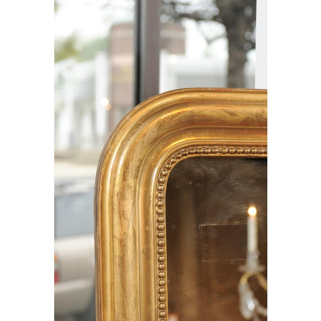 Louis Philippe French 19th Century Louis-Philippe Giltwood Mirror with Foliage and Beading For Sale - Image 4 of 12