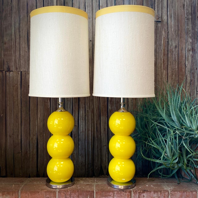 1960s Mid-Century Modern Sonneman Kovaks Yellow Stacked Ball Ceramic Lamps with Original Shades - a Pair For Sale - Image 13 of 13