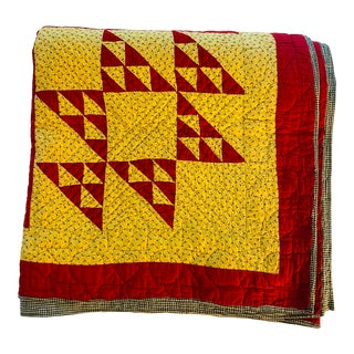Antique Americana Pieced Red and Yellow Quilt, C. 1900 For Sale