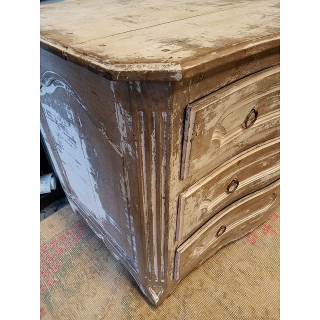 Louis XV Style Painted Commode With Serpentine Front - Image 6 of 8