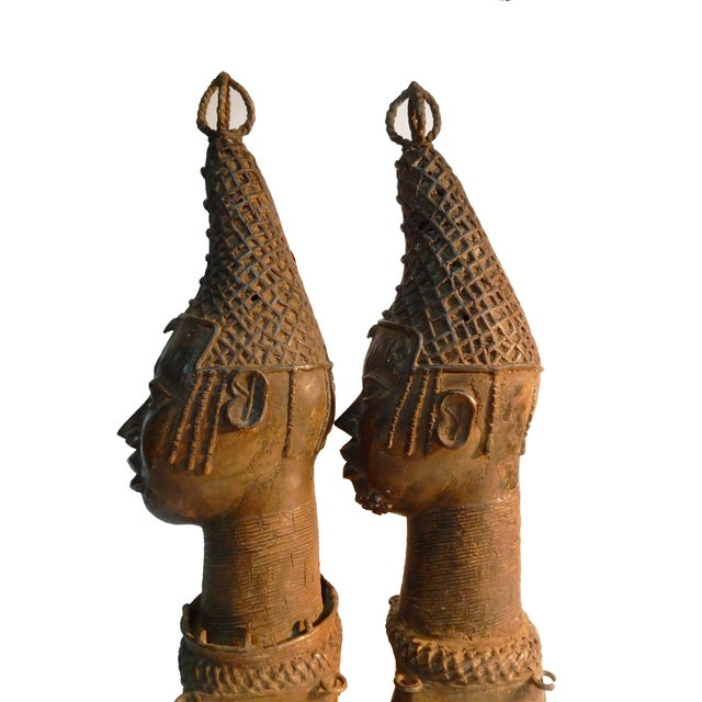 bronzing the benin royalty An insight into the great bronze casting works of benin kingdom by mcphilips nwachukwu (28-07-2015) one of the greatest defining characteristics of the historic kingdom of benin, now the capital of edo state, is the bronze casting tradition.