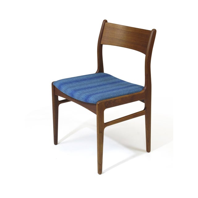 Funder-Schmidt and Madsen Teak Dining Chairs in Blue Wool - Set of 6 For Sale In San Francisco - Image 6 of 11
