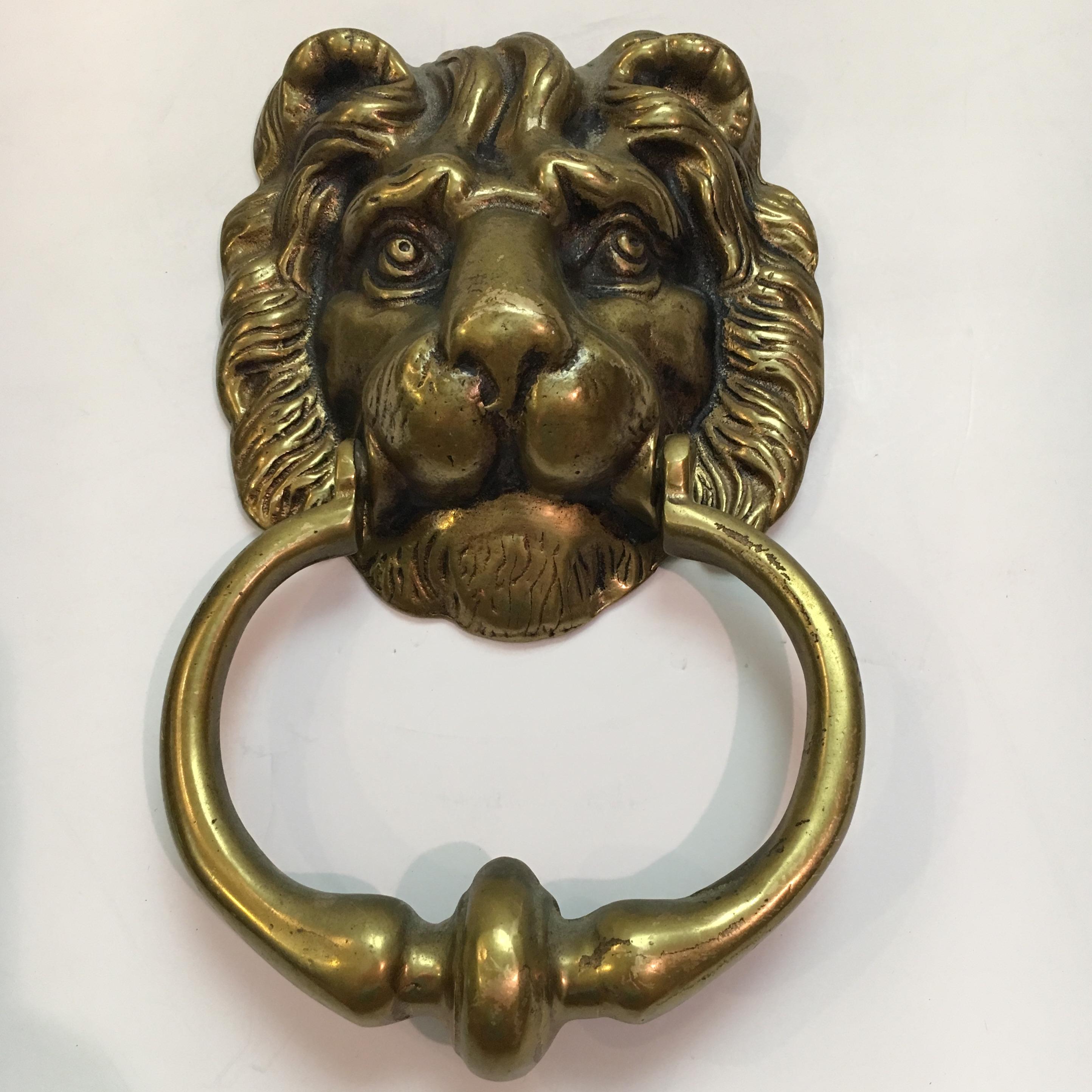 Vintage Brass Lion Head Door Knocker   Image 2 Of 7
