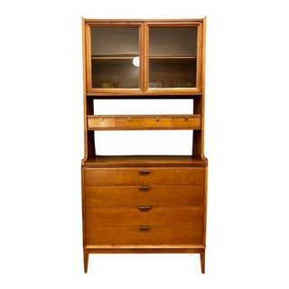 Mid Century Modern China Cabinet/Hutch by Arthur Umanoff for Cavalier Dimension For Sale