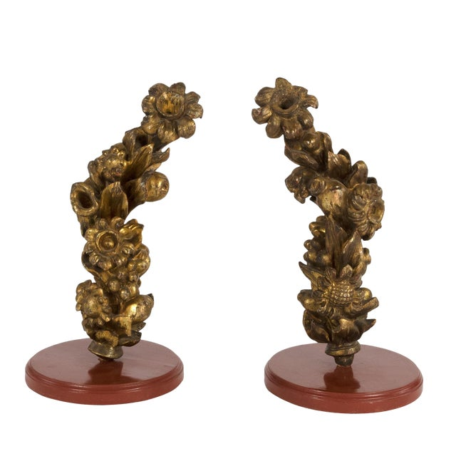 Pair of 18th Century Carved Giltwood Architectural Elements Depicting Fruit and Flowers, Italian, Circa 1700. For Sale