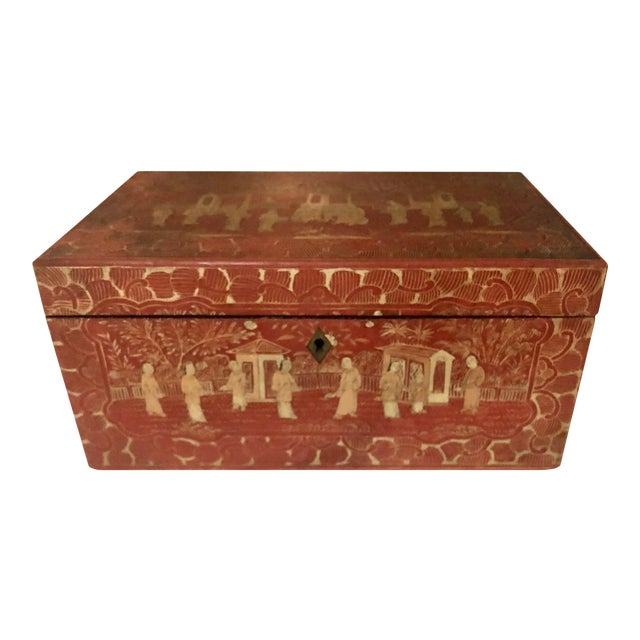 19th Century Red and Gold Chinese Export Box For Sale
