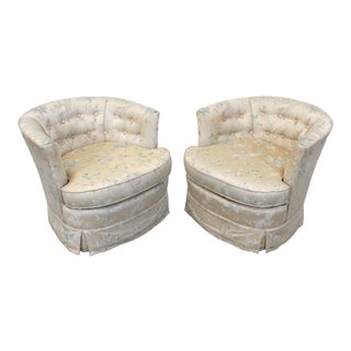 Pair of Vintage Mid-Century Barrel-Back Swivel Lounge Chairs For Sale