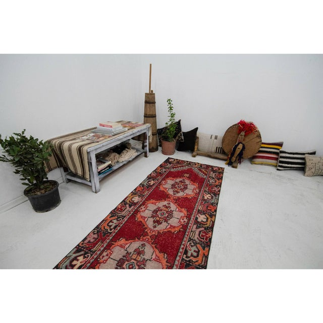 Vintage Red Turkish Runner-2′10″ × 9′5″ For Sale In Los Angeles - Image 6 of 7