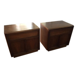 1960s Mid-Century Modern John Keal for Brown Saltman Walnut Nightstands - a Pair