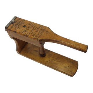 Early 20th Century Antique Table Top Lemon Press For Sale