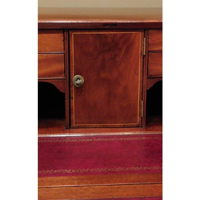 Pollarded Walnut Oxbow Chippendale Fall-Front Desk, Massachusetts, circa 1780 For Sale - Image 9 of 13
