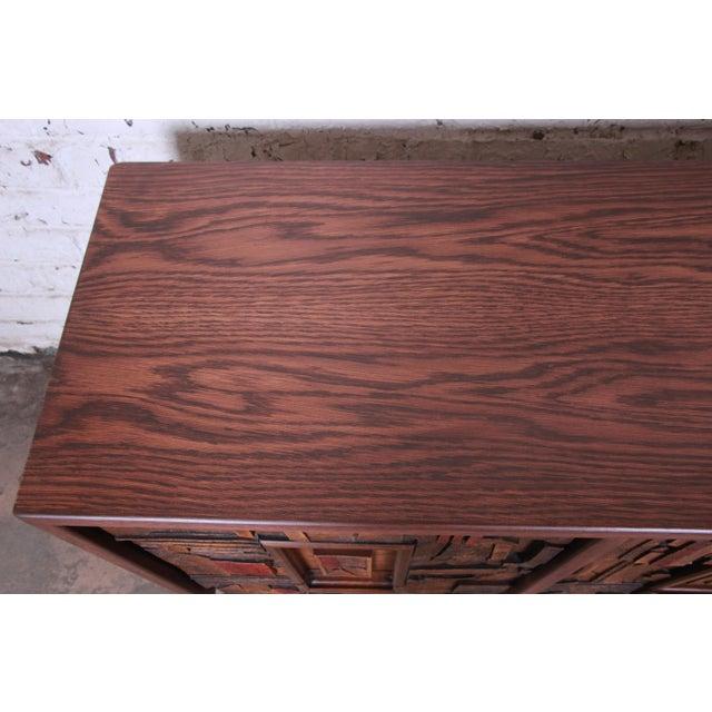 1970s Lane Pueblo Brutalist Mid-Century Modern Oak Long Dresser or Credenza, 1970s For Sale - Image 5 of 13