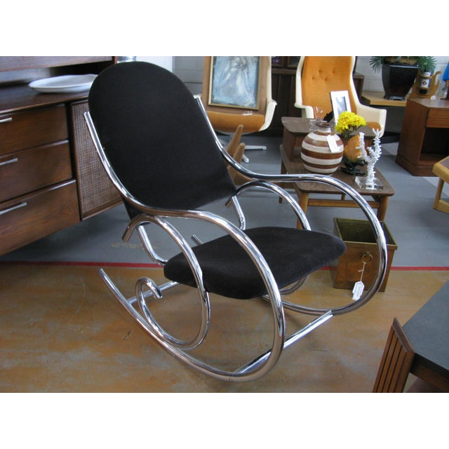 1970s Mid-Century Modern Curvaceous Upholstered Chrome Rocking Chair For Sale - Image 10 of 10