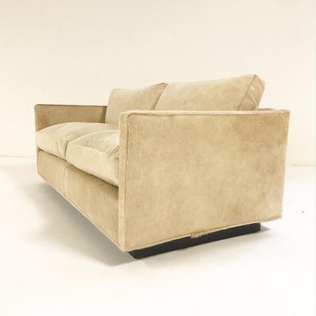 The lines, so simple. The cushions, so squishy. Brought back to life, This loveseat, so dishy. Paramount to Baughman's...