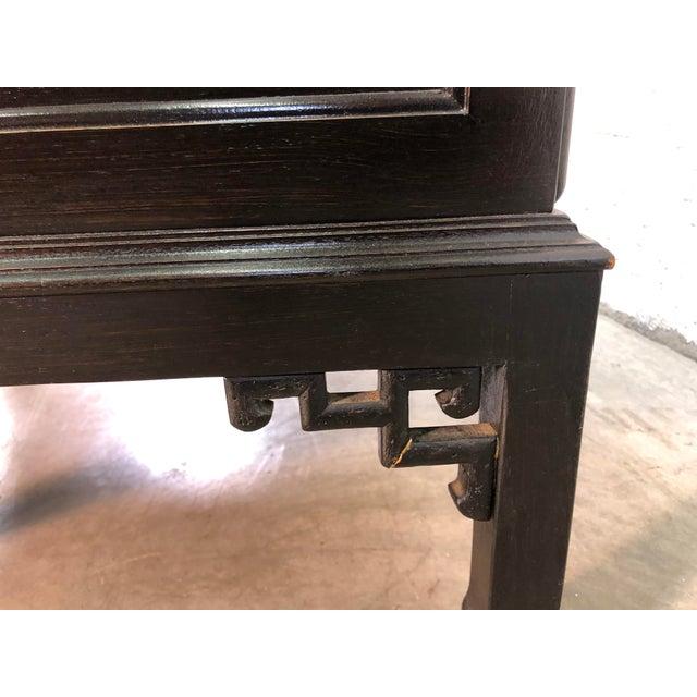 Black Vintage Hekman Furniture Asian Modern Side Tables, Pair For Sale - Image 8 of 13
