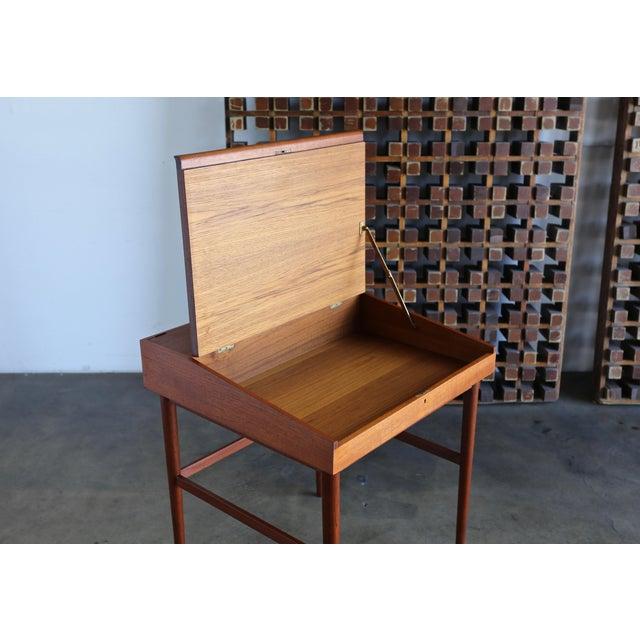 Niels Vodder Finn Juhl Nv-40 Desk for Niels Vodder, Circa 1950 For Sale - Image 4 of 13