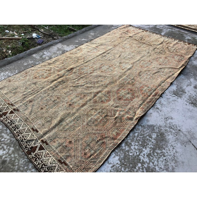 Textile 1960s Vintage Handwoven Kilim Rug - 5′8″ × 11′4″ For Sale - Image 7 of 9