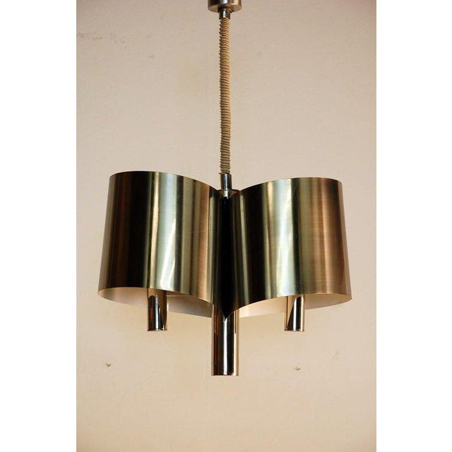 Metal Chic French, 1970s Polished Chrome Ribbon Chandelier by Maison Charles For Sale - Image 7 of 7