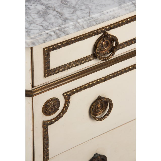 1940s 1940s Italian Painted Louis XVI Style Marble Top Chest of Drawers For Sale - Image 5 of 12