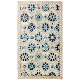 "Suzani Hand Knotted Area Rug - 3'2"" x 5'4"" For Sale"
