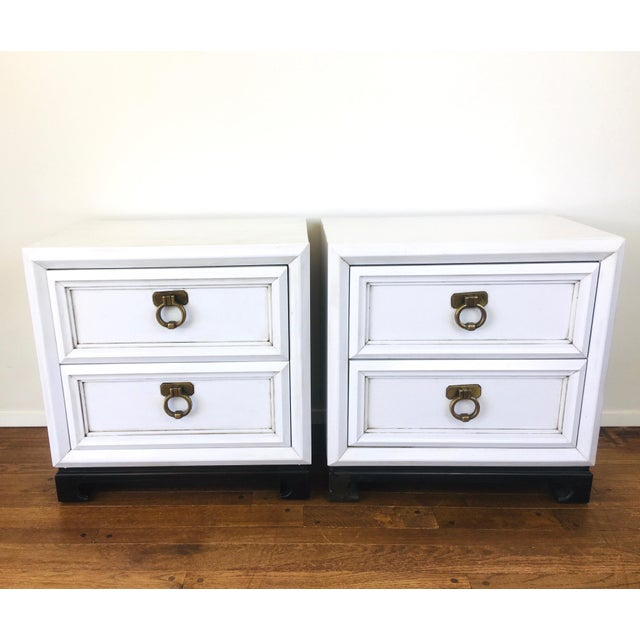 Vintage Hollywood Regency White Mid Century Nightstands or Side Tables, Pair For Sale - Image 12 of 12