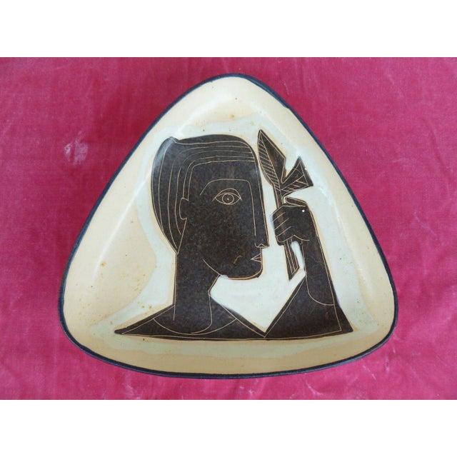 1960s Vintage Philippe Lambercy Studio Pottery Tri-Corner Dish For Sale In Miami - Image 6 of 6