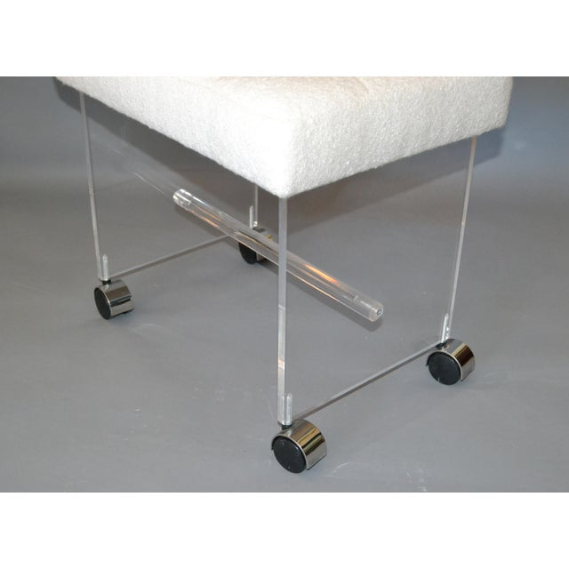 White Mid-Century Modern Lucite Stool, Vanity Stool Tufted Boucle Fabric Seat Casters For Sale - Image 8 of 12