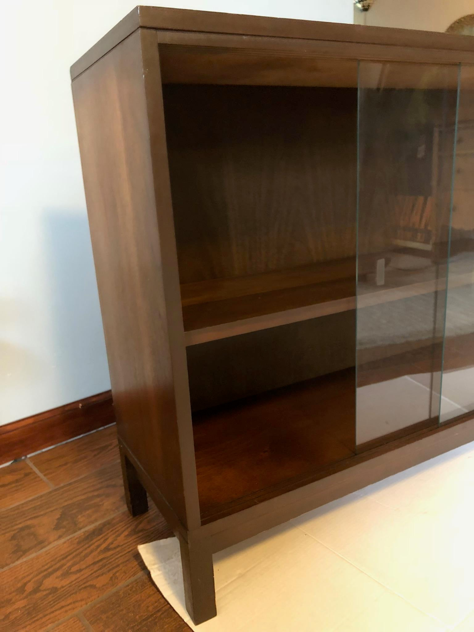 Mid Century Modern Glass Cabinet Bar Server   Image 2 Of 8