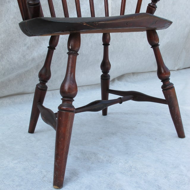 New England Bow-Back Windsor Arm Chair - Image 6 of 10