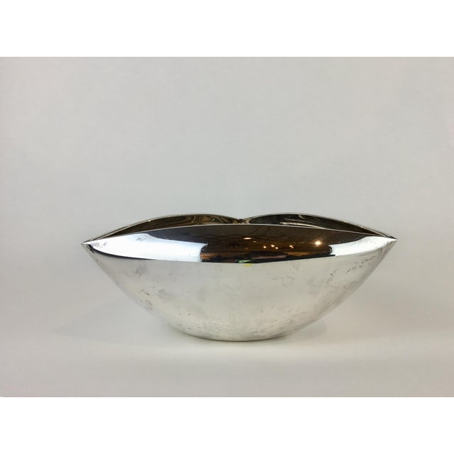 Triangular Pampaloni Italian bowl/dish. This is a rare designer find in a classic geometric shape. This silver plate bowl...