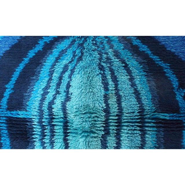 Textile 1950s Handmade Vintage Swedish Rya Rug 3.10' X 5.10' For Sale - Image 7 of 10