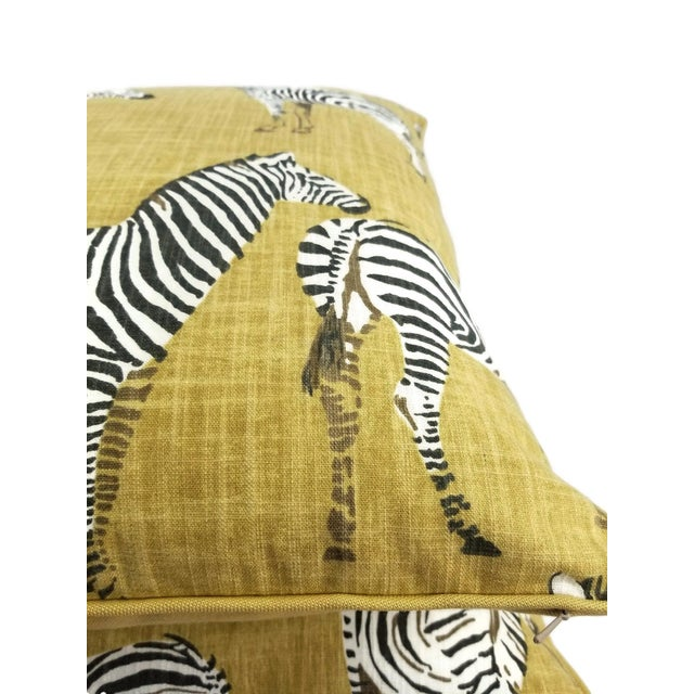 """Green Home Accents Ronnie Gold Africana in Gold Cotton Zebra Print Pillow Covers - a Pair, 20"""" X 20"""" For Sale - Image 8 of 9"""