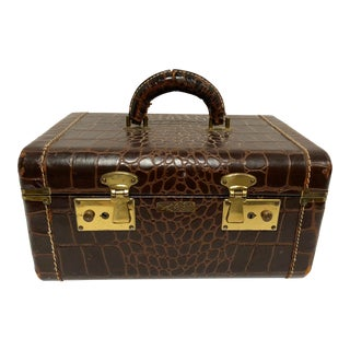 1950s Faux Gator Air Deb Train Case For Sale