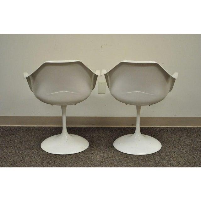 "Vintage Mid Century Modern Tulip Dining Set 42"" Table 4 Chairs Burke Saarinen - Image 10 of 11"