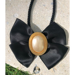 Vintage Pearl and Ribbon Choker Preview