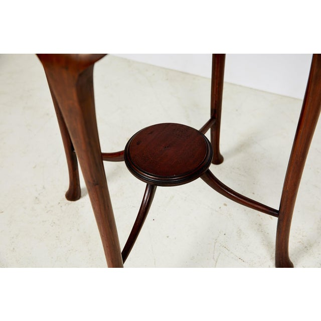 Early 20th Century English Art Nouveau Round Tea Table of Mahogany For Sale - Image 5 of 13