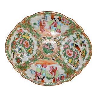 19th C. Rose Medallion Shaped Dish For Sale