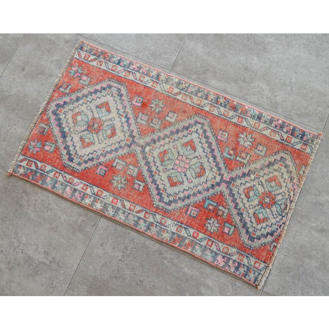 1970s Hand Knotted Door Mat, Entryway Rug, Bath Mat, Kitchen Decor, Small Rug, Turkish Rug - 1′7″ × 2′7″ For Sale - Image 5 of 5