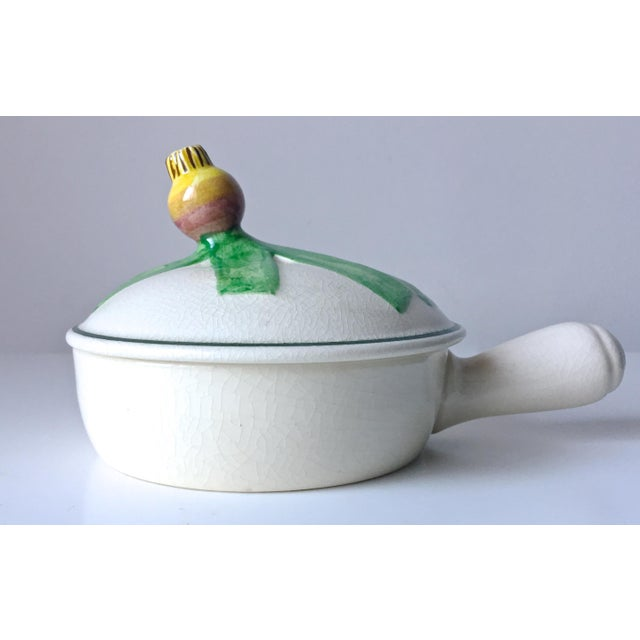 8 Vintage Onion Soup Covered Dishes - Image 2 of 9