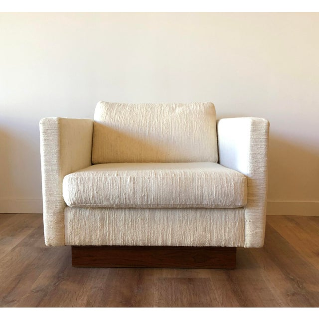 Mid-Century Modern Scandinavian Vintage Modern Box / Club Chair With Boucle Upholstery and Walnut Base For Sale - Image 3 of 12