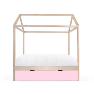 Domo Zen Full Trundle Canopy Bed in Maple With Pink Finish Preview