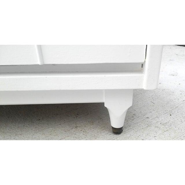 Kroehler Mid-Century White Lacquer Dresser - Image 9 of 10