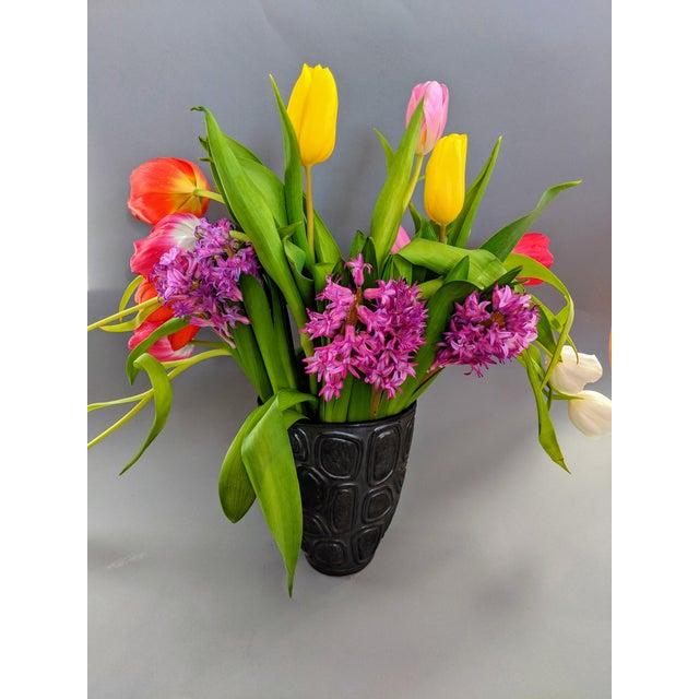 Jonathan Adler Jonathan Adler Windowpane Brutalist Vase For Sale - Image 4 of 12