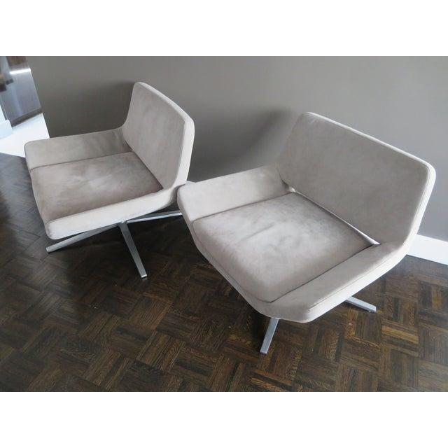 "Jeffrey Bernett for B&B Italia ""Metropolitan"" Armchairs - Set of 2 For Sale In New York - Image 6 of 7"