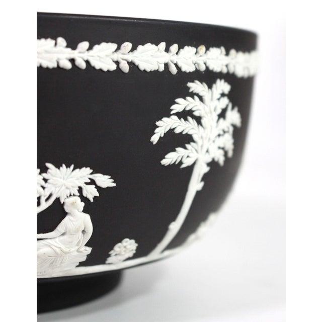 "1940s Neoclassical Greek Figurative Wedgwood Jasperware Black ""Sacrifice Bowl"" For Sale In Los Angeles - Image 6 of 10"
