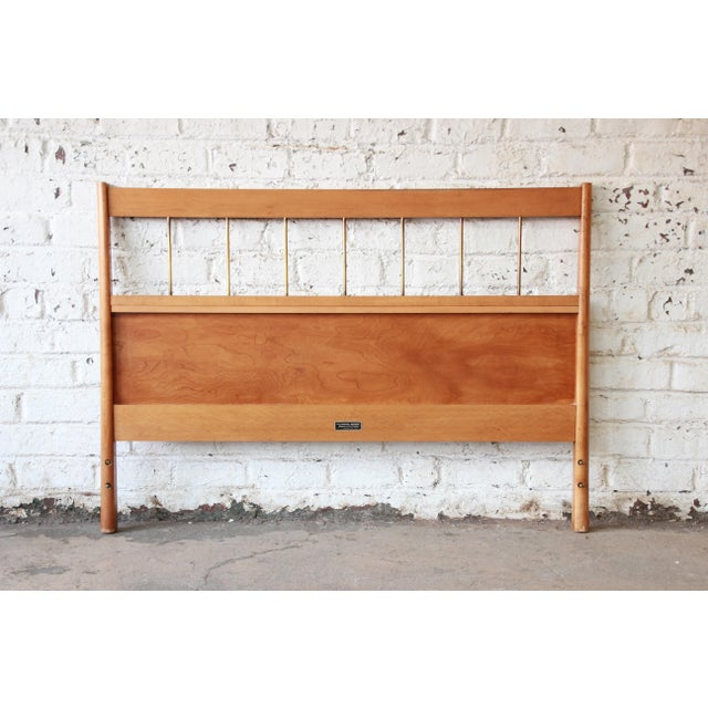 1960s Paul McCobb Planner Group Birch Full Size Headboard For Sale - Image 5 of 7