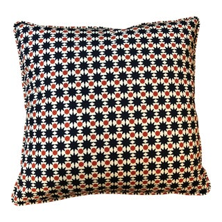 Indoor Outdoor 1 Pair Schumacher Pillows For Sale